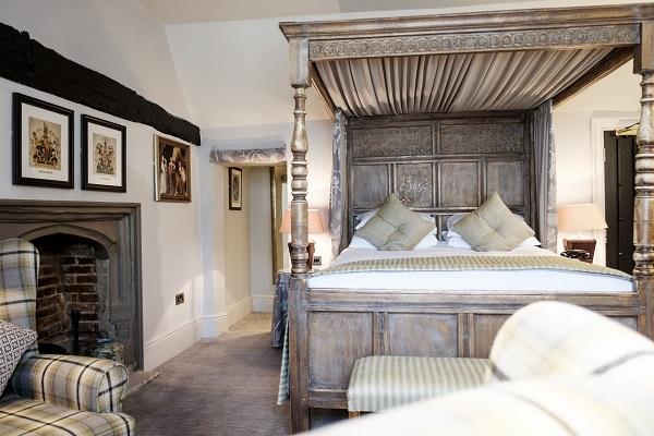 Hotels in Uxbridge